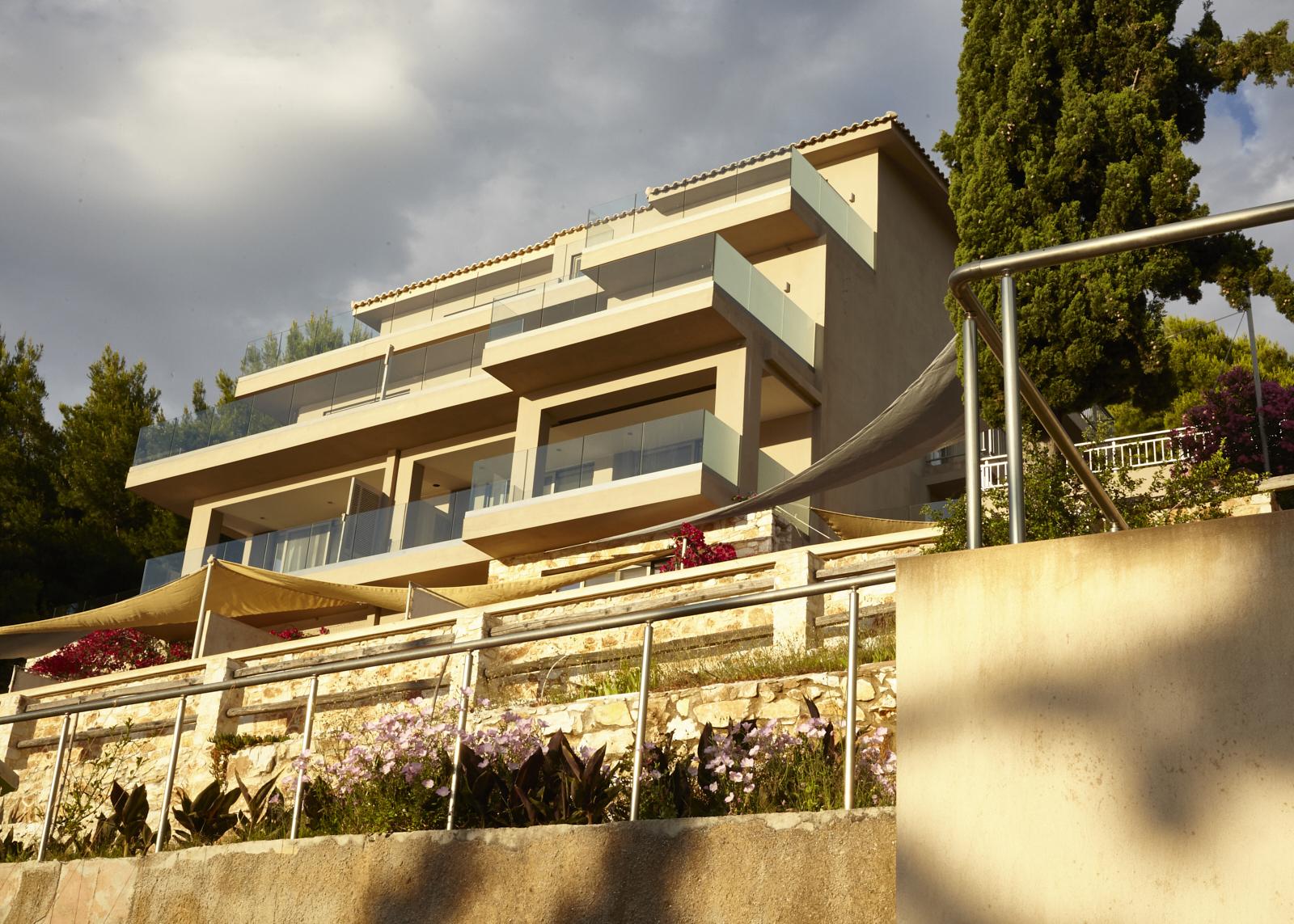 Suites in Skiathos