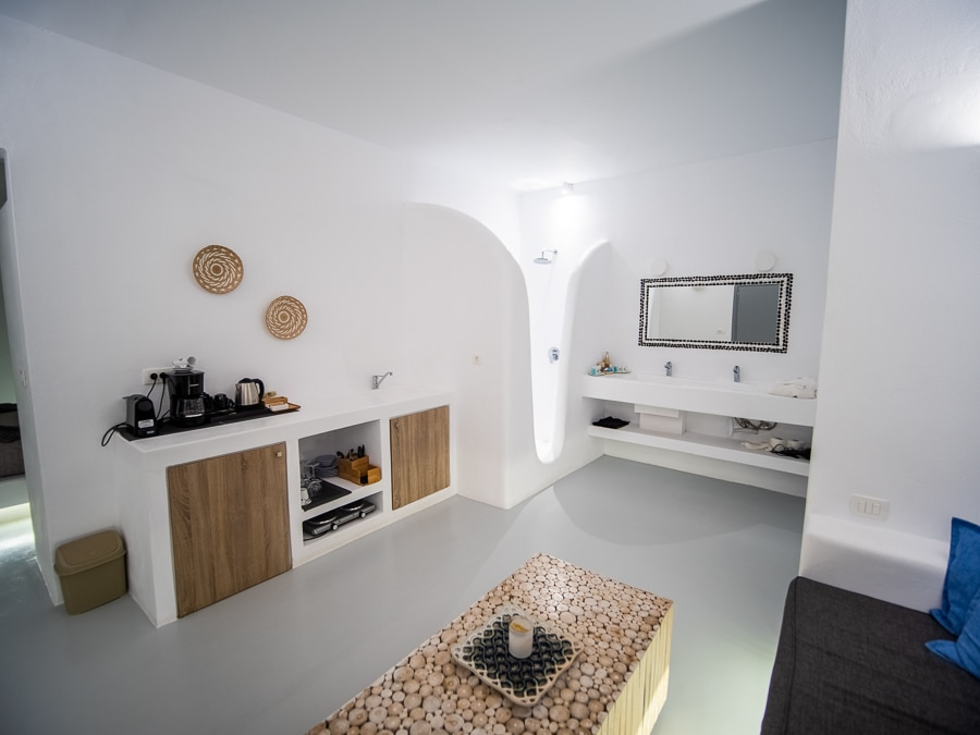 Suites in Santorini